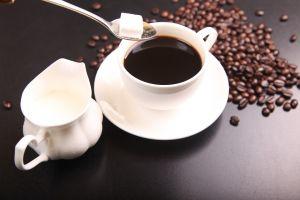 Mire figyeljünk, ha koffeintartalmú ételt, italt fogyasztunk?